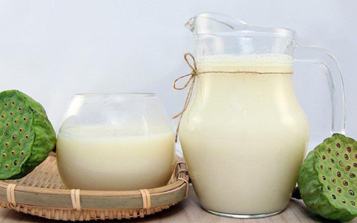 Cách chế biến sữa chua hạt sen: