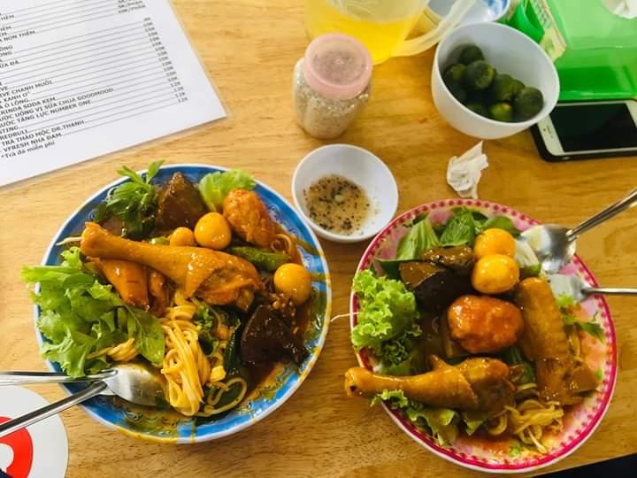 Cô Linh - Bún Bò Cay & Bánh tằm Cay