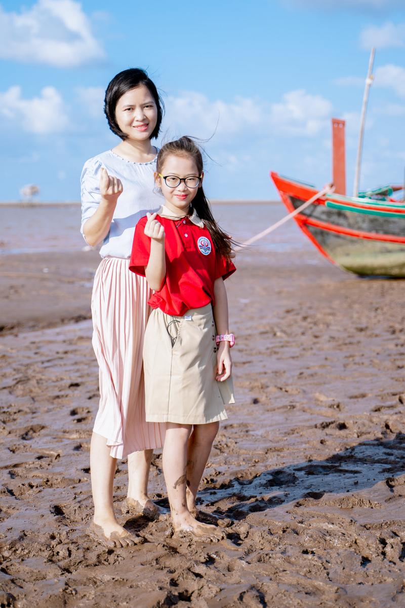 Cô giáo Trần Thủy - Giáo viên trường Tiểu học Bình Hòa