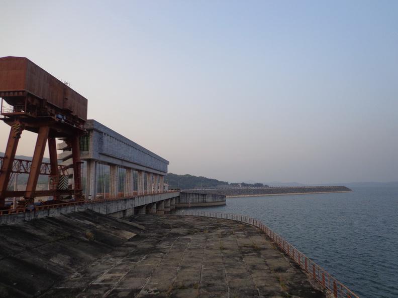 Cung đường tới thủy điện Yaly
