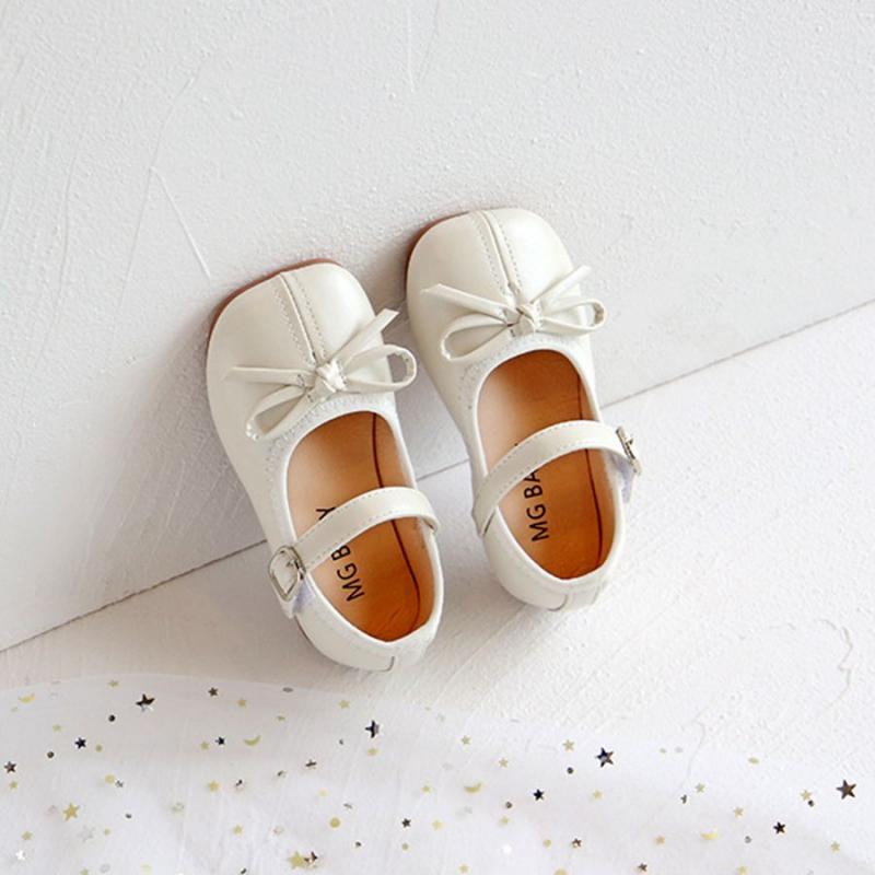 Giày công chúa
