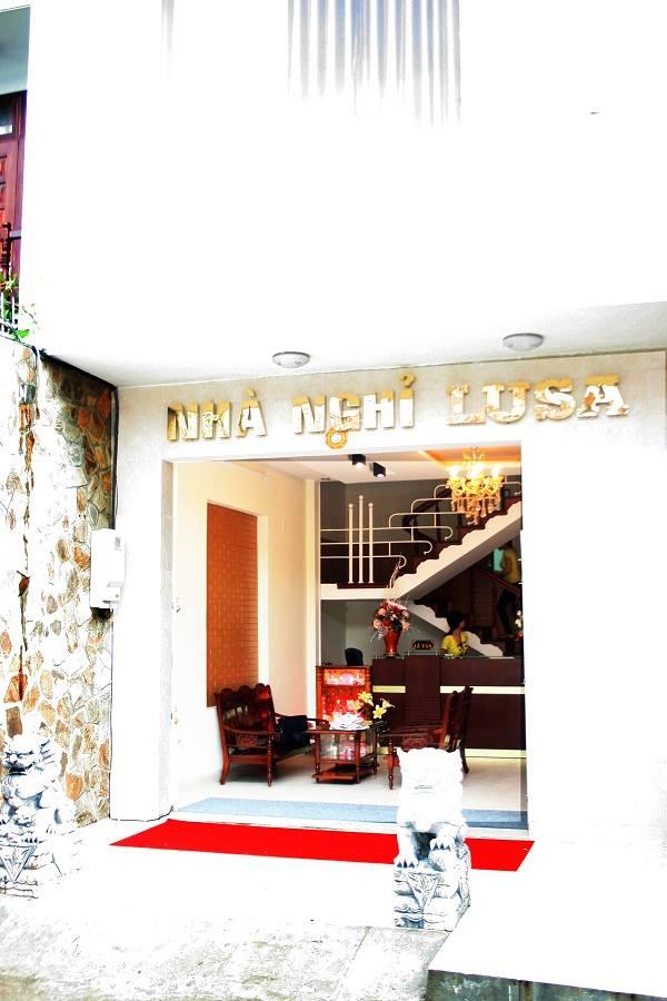 Khách sạn Lusa