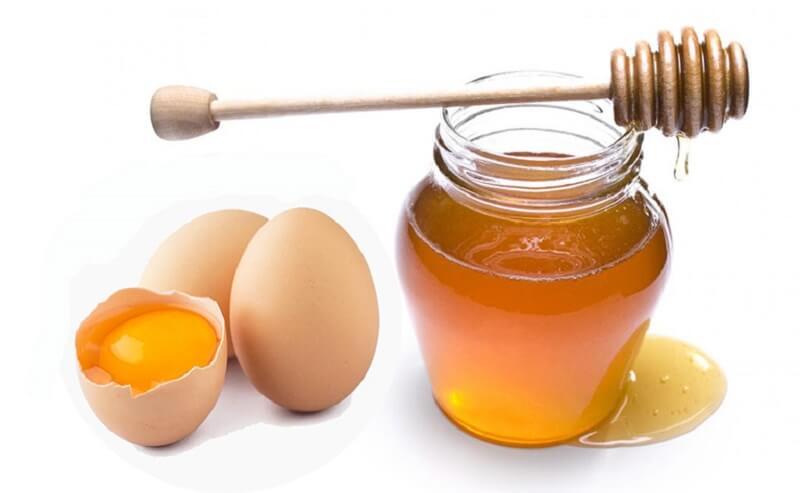 Mặt nạ mật ong và lòng trắng trứng