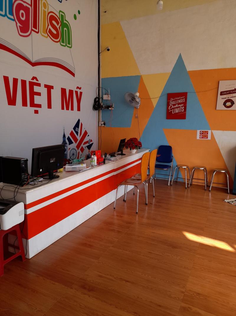 Ngoại Ngữ Quốc Tế Đại Việt Mỹ