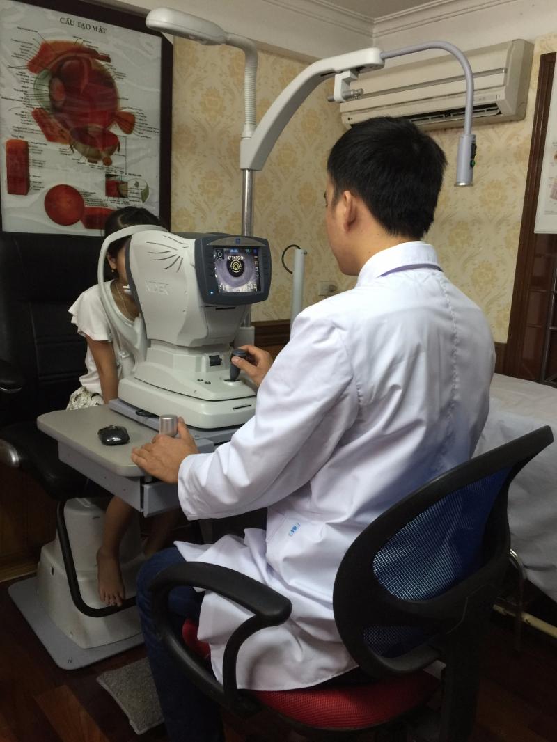 Phòng khám chuyên khoa mắt - Kính mắt Hạ Long