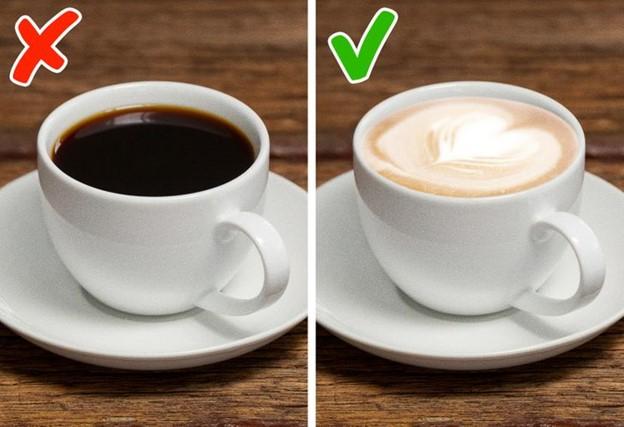 Uống cà phê đen