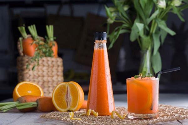 Cách làm nước ép cam cà rốt