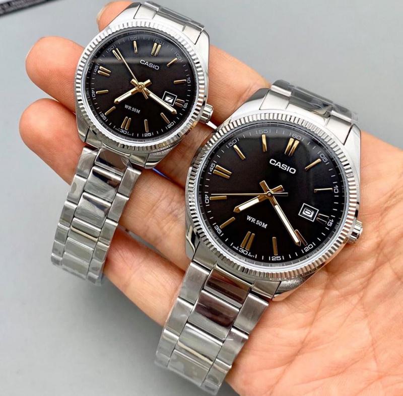 Đồng hồ Aj