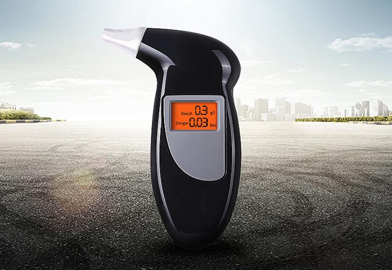 Máy đo nồng độ cồn Alcohol Tester V3