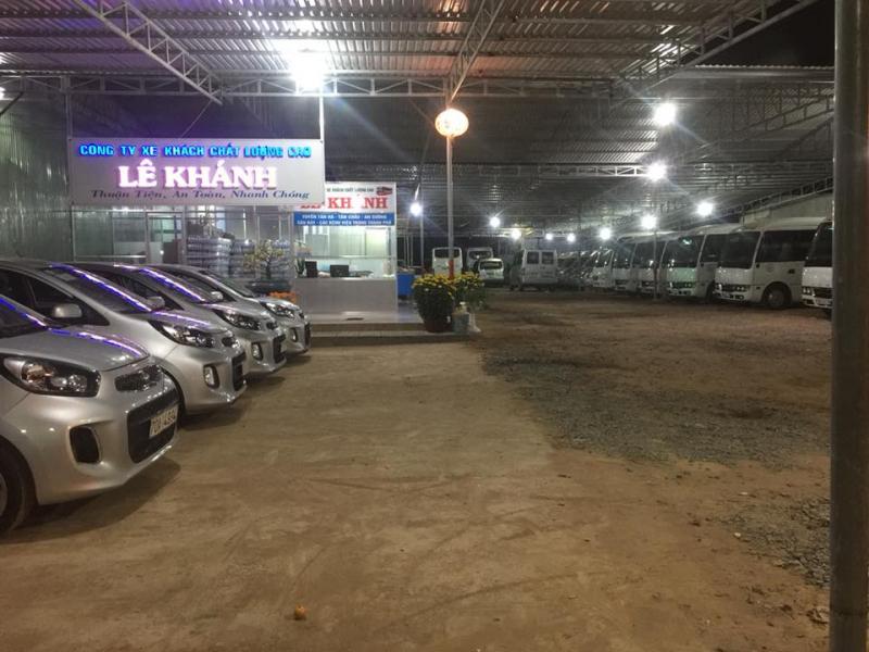 Nhà xe Lê Khánh