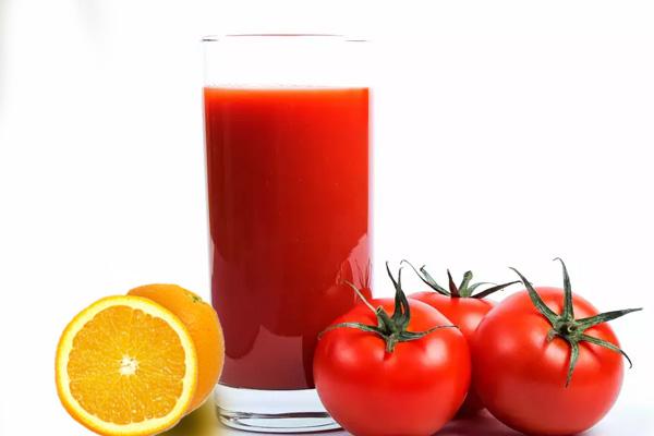 Nước ép cà chua cam