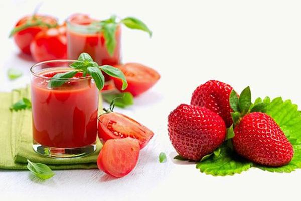 Nước ép cà chua dâu tây