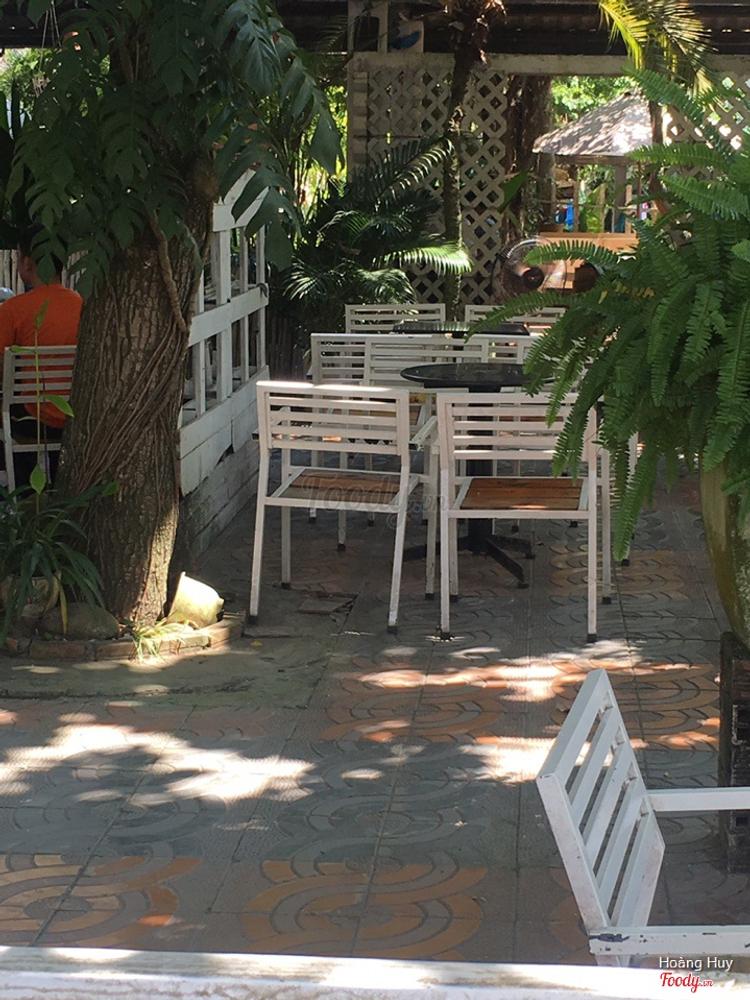 Thôn Vỹ 2 Cafe
