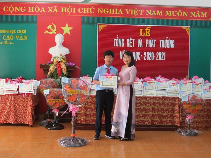 Trường THCS Trần Cao Vân