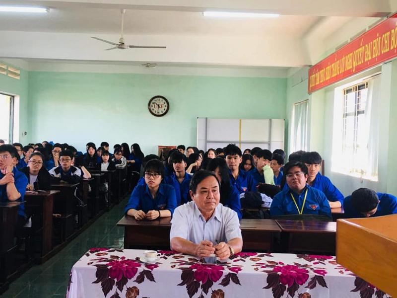 Trường THPT Lê Lợi
