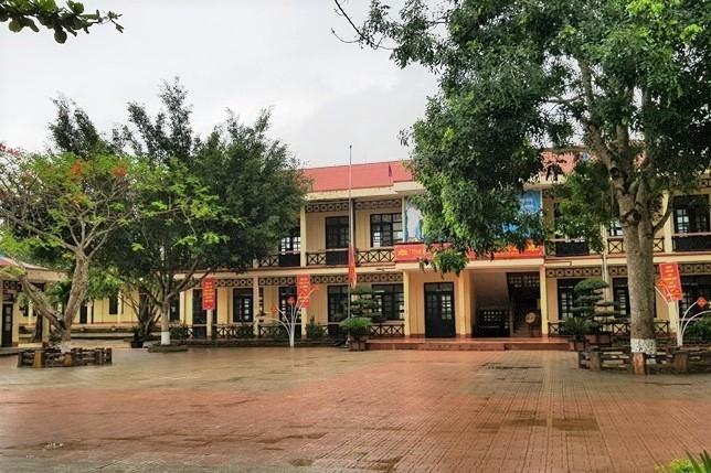 Trường Tiểu học N' Trang Lơng