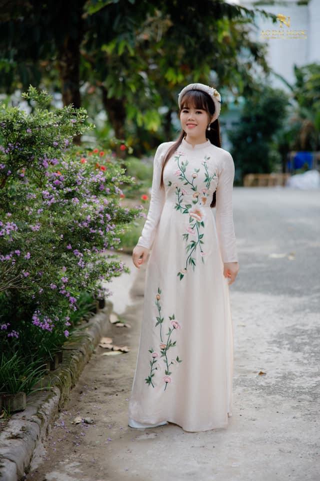 Áo dài Ngọc