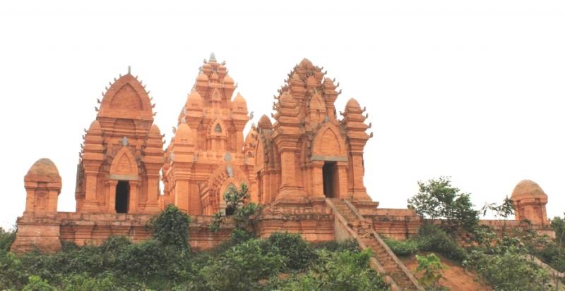Bài văn thuyết minh về địa điểm du lịch - Làng Văn hoá các Dân tộc Việt Nam