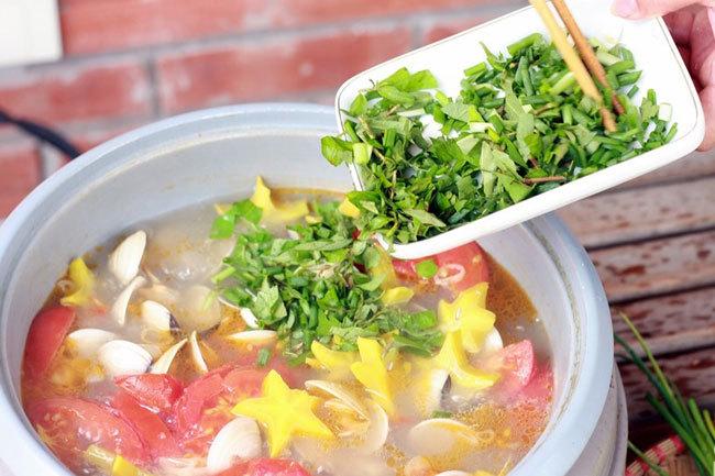 Canh ngao chua nấu khế