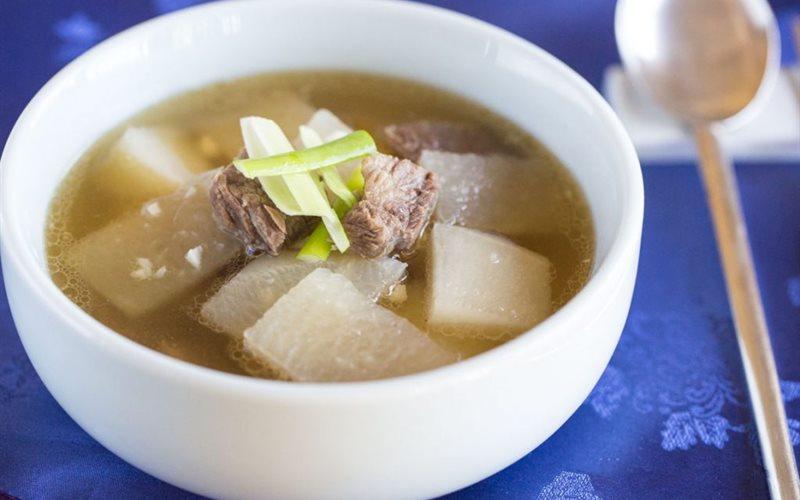 Canh thịt bò củ cải