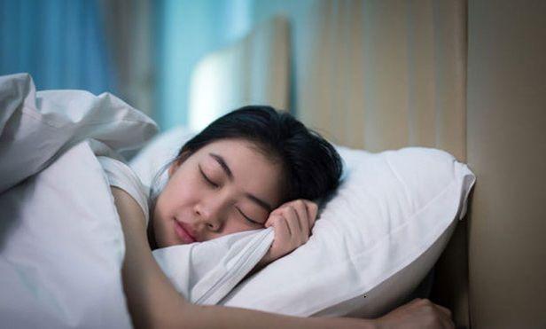 Đừng ngủ trên cùng một tấm ga giường trong quá nhiều ngày