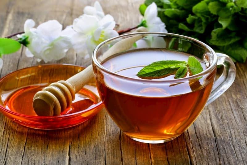 Giảm cân bằng trà xanh mật ong