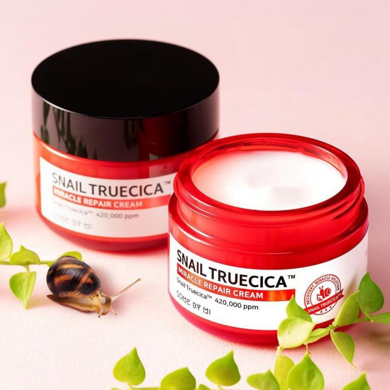 Kem dưỡng ẩm chiết xuất ốc sên Some by mi Snail truecica Miracle Repair Cream