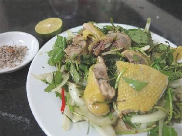 Nộm rau má thịt gà