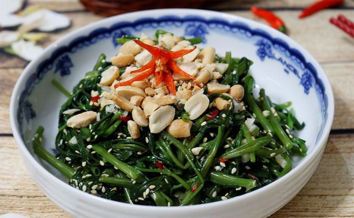 Nộm rau muống đậu phộng