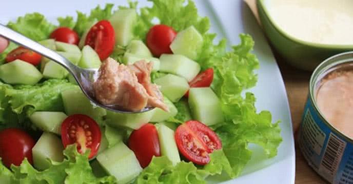 Salad cá ngừ dưa chuột