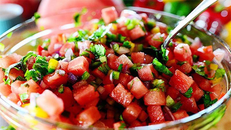 Salad dưa hấu rau củ