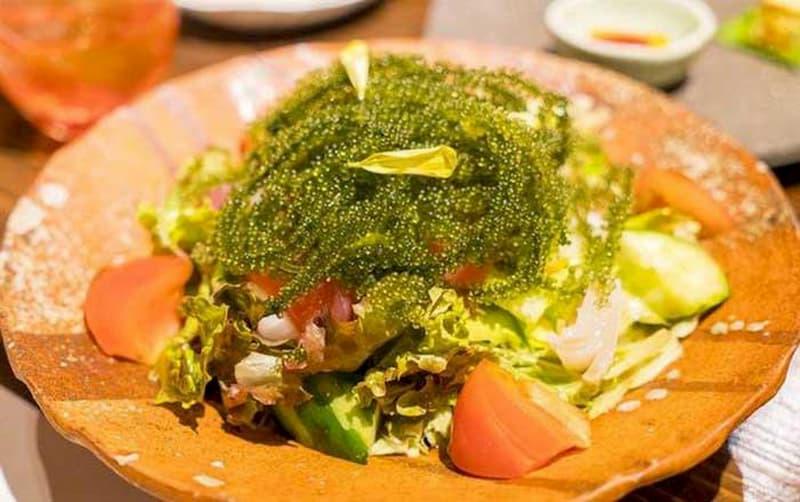 Salad rong nho sốt chua ngọt