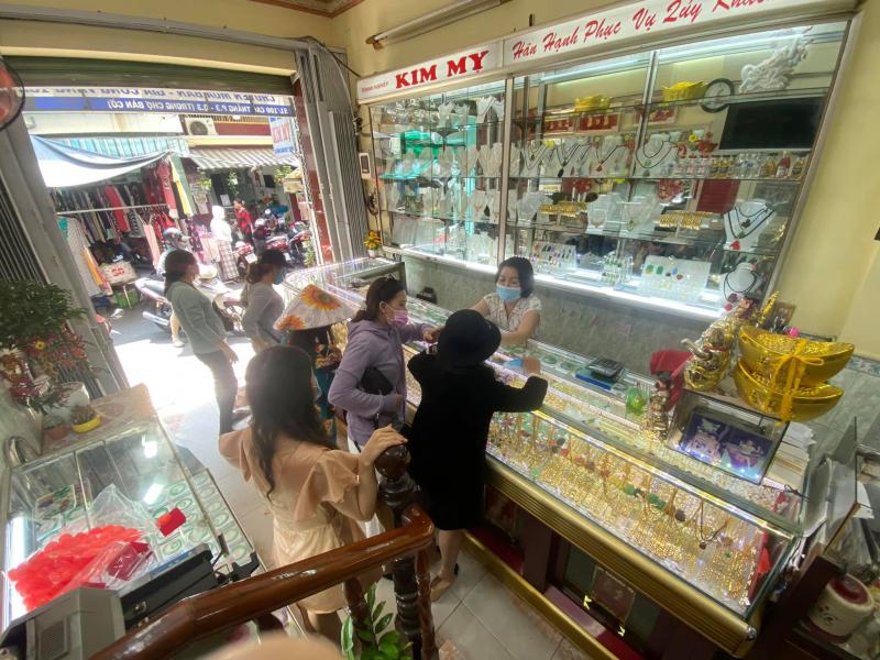 Tiệm vàng Kim My - Kim Mỵ