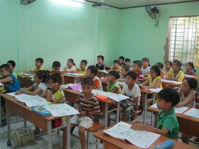 Trung tâm ngoại ngữ - tin học Long An