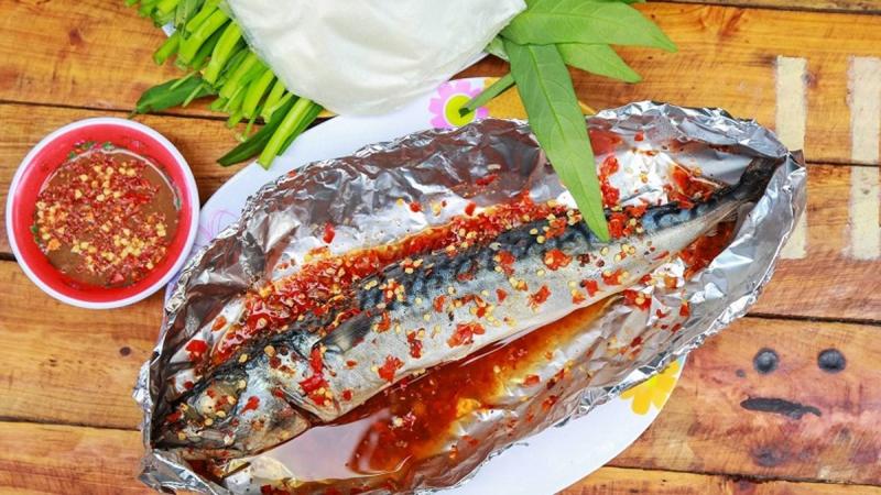 Cá nục nướng sa tế