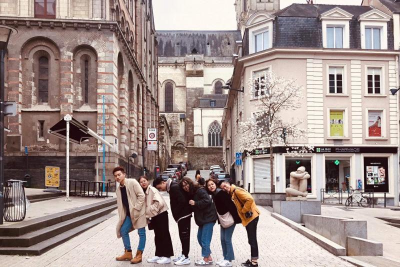 Du Học Pháp UTT - Bienvenue en France