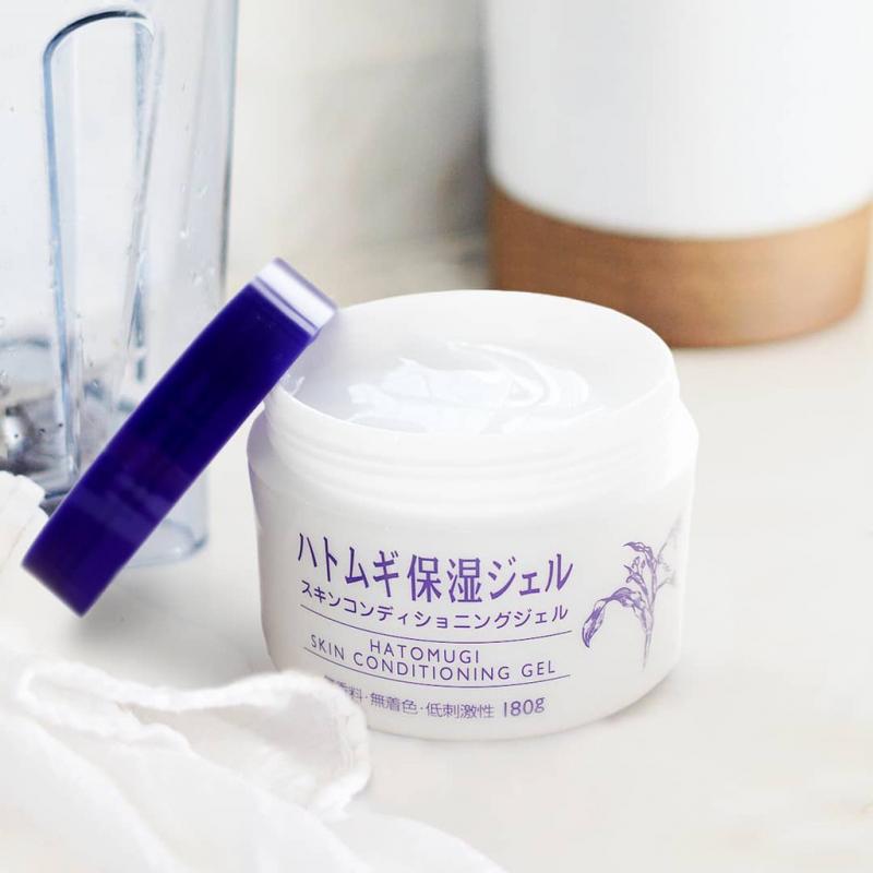 Gel dưỡng da Naturie Hatomugi Skin Conditioning chiết xuất từ hạt cây ý dĩ 180g
