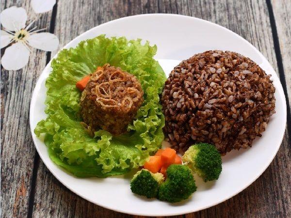 Giảm cân bằng cơm gạo lứt