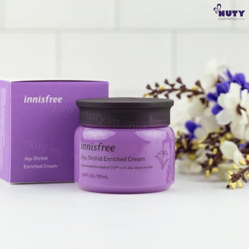 Kem dưỡng độ ướt chống lão hóa hoa lan tím Innisfree Jeju Orchid Enriched Cream 50ml