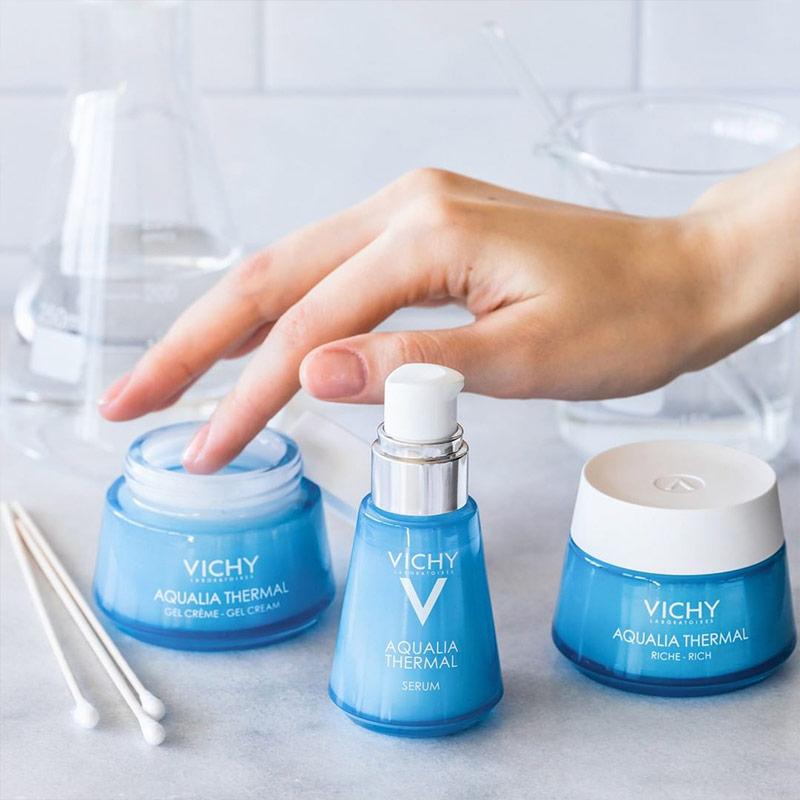 Kem dưỡng ẩm và cung cấp nước dạng gel giúp da trông mịn màng, tươi sáng hơn Vichy Aqualia Thermal Cream-Gel 50ml
